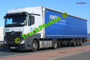 TR-00015 Mercedes Actros Reg:- HJL256 Op:- Finejas