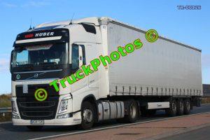 TR-00126 Volvo FH Reg:- WGM1GM5 Op:- Huber