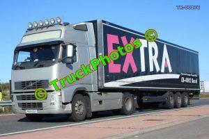 TR-00176 Volvo  Reg:- PN04BSY Op:- Extra