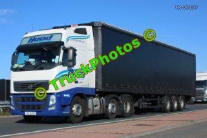 TR-00197 Volvo FH Reg:- FRZ9006 Op:- Hood Transport