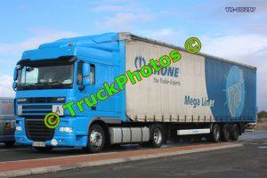TR-00217 DAF XF Reg:- LJHB405 Op:- Krone Mega Liner