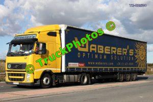 TR-00524 Volvo FH Reg:- MIA810 Op:- Waberer's