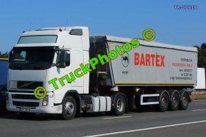 TR-00618 Volvo 440 Reg:- SM18U10 Op:- Bartex