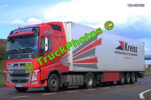 TR-00733 Volvo  Reg:- KE1206 Op:- Kreiss