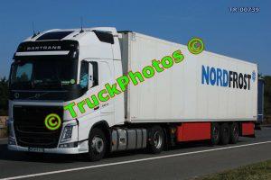 TR-00739 Volvo FH Reg:- WGM9XC9 Op:- NordFrost