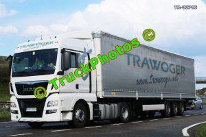 TR-00746 MAN  Reg:- DS135EV Op:- Trawoger