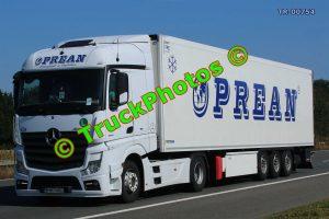 TR-00754 Mercedes Actros Reg:- B863AND Op:- Oprean