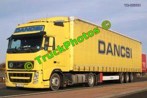TR-00784 Volvo FH Reg:- LXW371 Op:- Dancsi