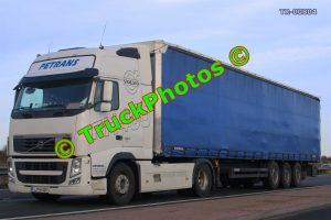 TR-00804 Volvo FH Reg:- LJIH429 Op:- Petrans