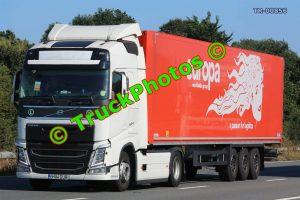 TR-00856 Volvo FH Reg:- B184EUR Op:- Europa