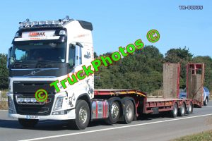 TR-00935 Volvo FH Reg:- CA11LPT Op:- Lanmax