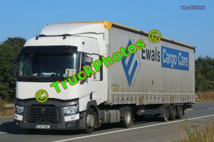 TR-00986 Renault  Reg:- B67BHL Op:- Ewals Cargo Care