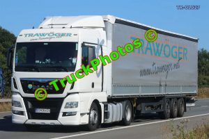TR-01027 MAN  Reg:- DS064EV Op:- Trawoger