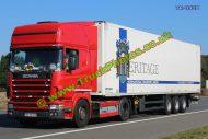 TR-0928 Scania 420 Reg:- BR05HZS Op:- Heritage